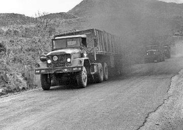 Pleiku Road #4 – Night Convoy, June 1967 Horvaththunderroad