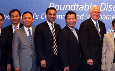 Dr. Binh, w Craig & Navin Shenoy