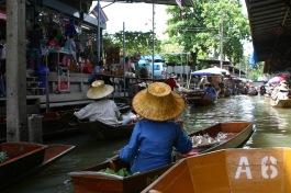 Bangkok&Burma w Pam & Carolyne July 04 089